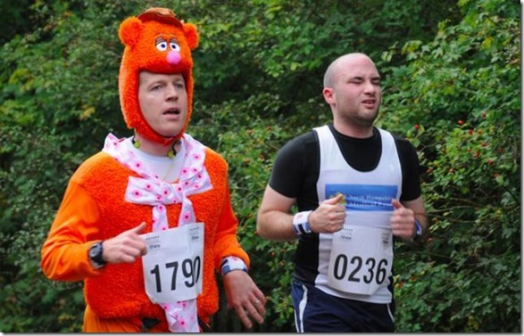 funny-runner-costumes-5