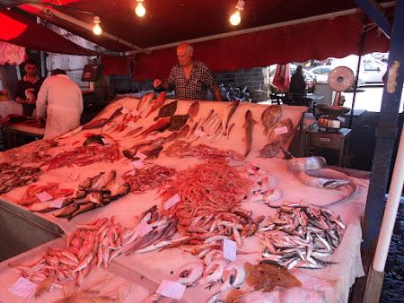 Imagini Sicilia: Catania - Piata de peste
