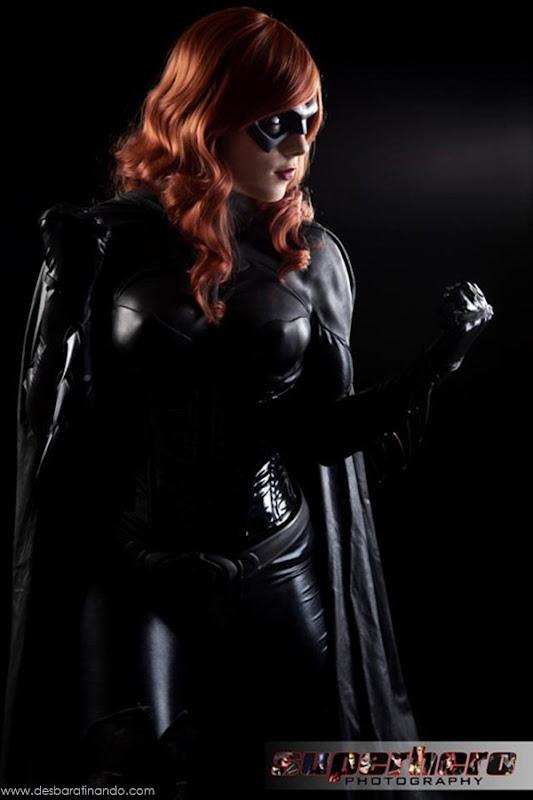 sexy-batgirl-linda-sensual-desbaratinando-geek-nerd (5)