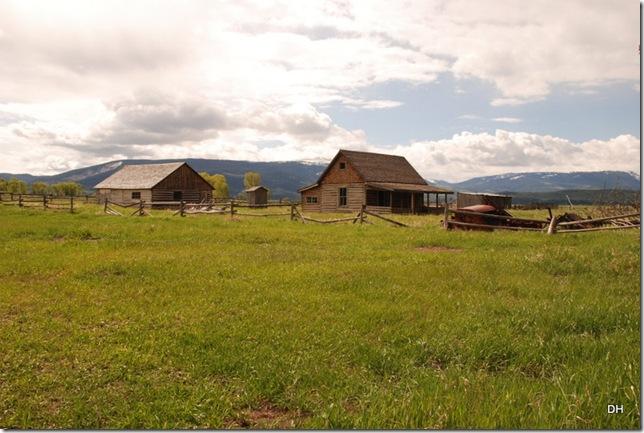 06-04-13 A Teton NP - Mormon Row Area (12)