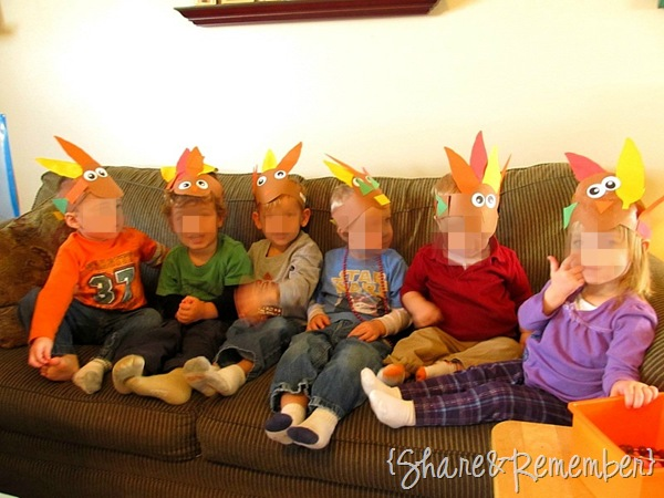 Thanksgiving Costumes Preschoolers Can Wear