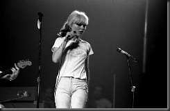Blondie_(Debbie_Harry)_One