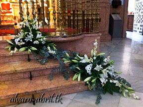exorno-floral-para-boda-en-la-iglesia-de-sanra-maria-de-la-victoria-de-malaga-y-celñebración-(26).jpg