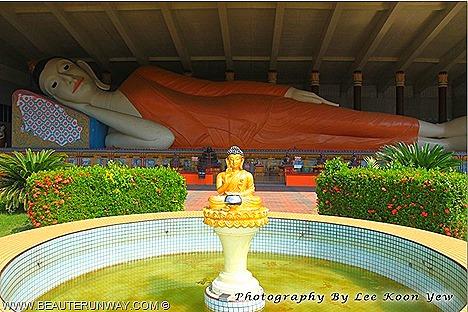 Kelantan Thai Buddhist Temples Kota Bharu Wat Photivihan Reclining Buddha, Wat Machimmaram Sitting Buddha, Wat Phothikyan Standing Buddha 100 foot Wat Mai Suwan Khiri Dragon Boat Chinese largest tallest biggest Asia Malaysia