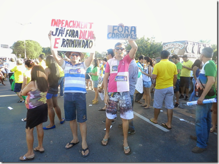 protestoDilma025