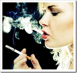 mulher-fumando