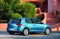 2013-Volkswagen-Golf-61