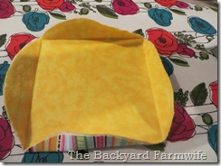 circle raggedy quilt - The Backyard Farmwife