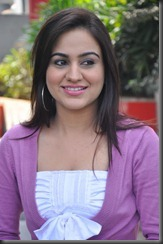 aksha_latest_photo_shoot-1