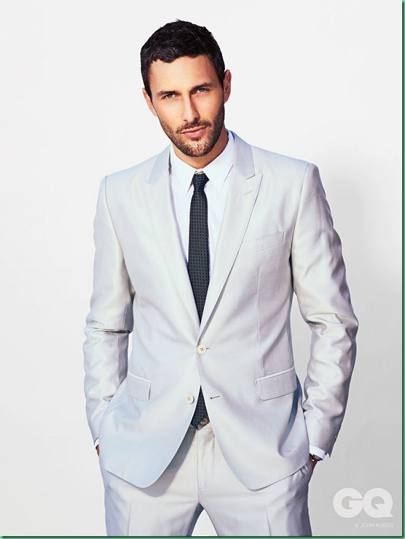 Noah_Mills_for_GQ_Style_13