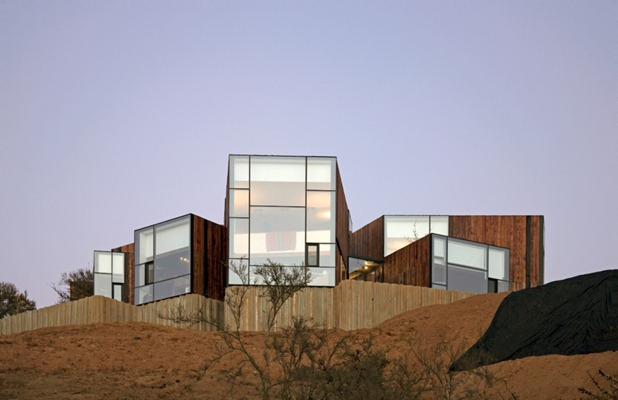 cgm house by ricardo torrejón 2