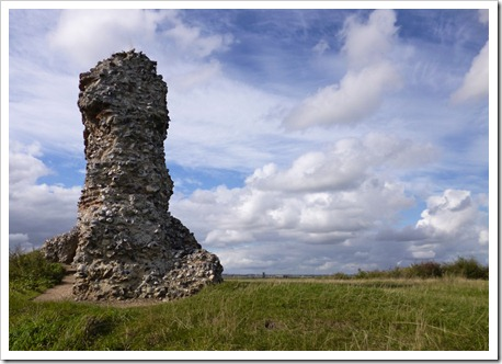 Burgh Castle 022 cr