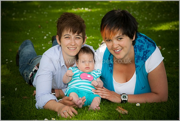 family and baby photograph dundee