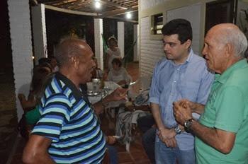 Deputado Walter e o presidente da associaçào dos pescadores Aldenor
