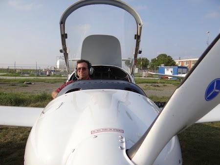 04. Avion DA 20.JPG