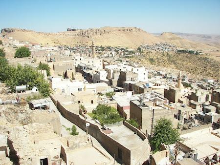 Imagini Kurdistan: Mardin vazut de pe medersa