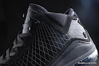 zlvii fake colorway black black 2 03 Fake LeBron VII