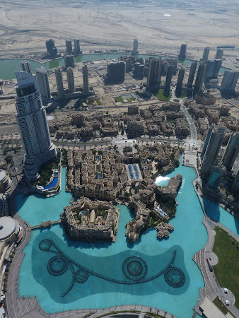 Dubai de sus din Burj Khalifa