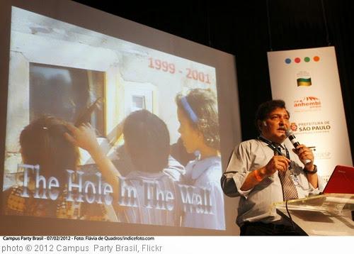 'Sugata Mitra' photo (c) 2012, Campus  Party Brasil - license: https://creativecommons.org/licenses/by-sa/2.0/