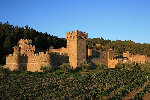 castello di amorosa. foot Castello di Amorosa