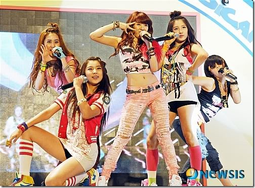 20090722_4minute_9