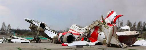 Обломки президентского борта под Смоленском. Фото: РИА Новости