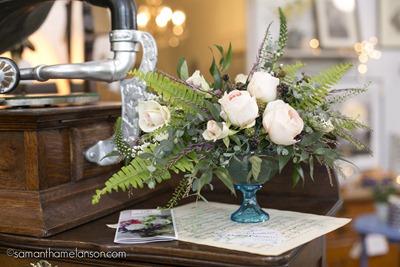 Vintage Wedding flowers _Samantha_Melanson_Robin's_Egg_15 (1)