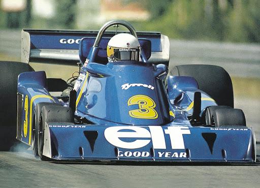 Elf Team Tyrrell P34 leads