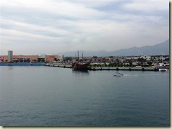 20121231_pirate ship in pv harbor (Small)