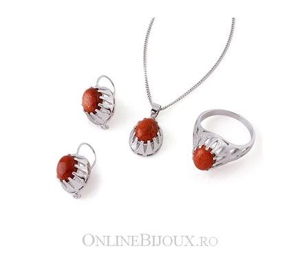 Set placat cu rodiu format din lant, pandantiv, cercei si inel cu piatra agata