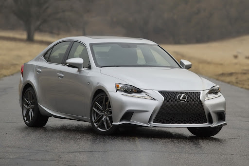 2014-Lexus-IS-Sedan-01.jpg