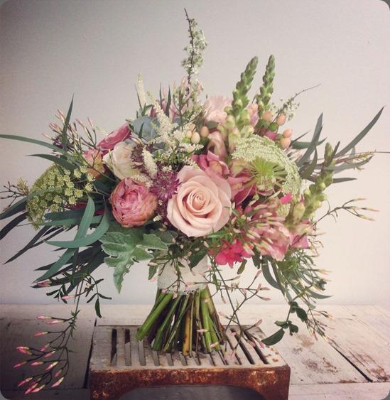 935631_625678360795002_1861104215_n jo flowers
