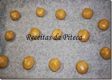 Broas de mel- massa