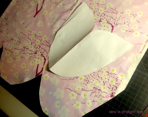 ruffled apron sew a straight line-16