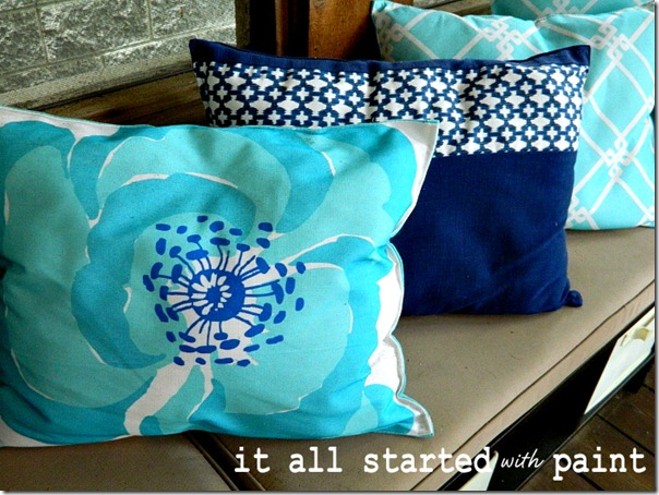 placemat_pillows_turquoise_blue_white