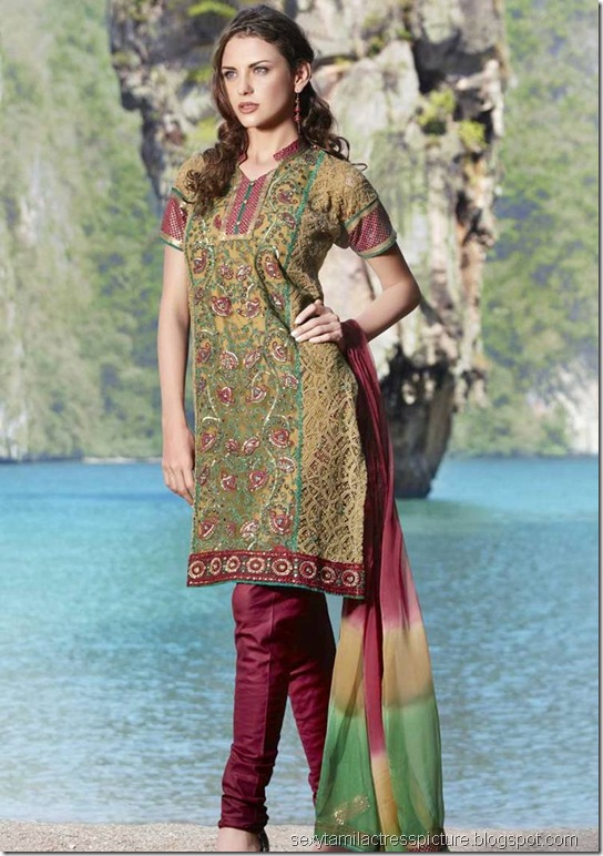 Latest_Churidar_Collections_09