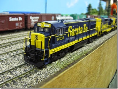 IMG_5389 Atchison, Topeka & Santa Fe U30B #6324 on the LK&R HO-Scale Layout at the WGH Show in Portland, OR on February 17, 2007