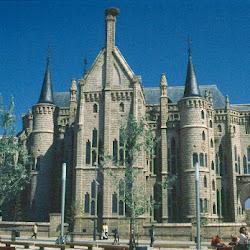 12.-Gaudí. Palacio Episcopal de Astorga