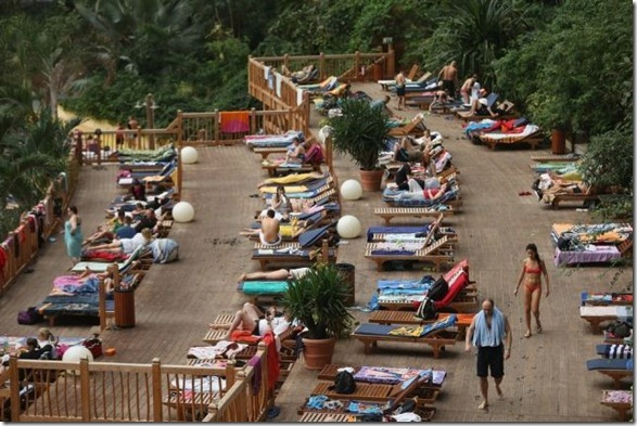 tropical-island-resort-7