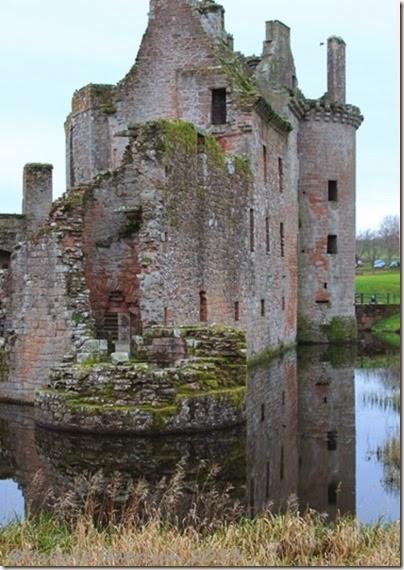 45-Caerlaverock-Castle