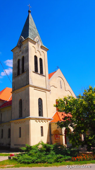 Biserica Catolica din Kiszombor