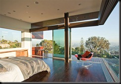 Modern-Glass-House-Bedroom