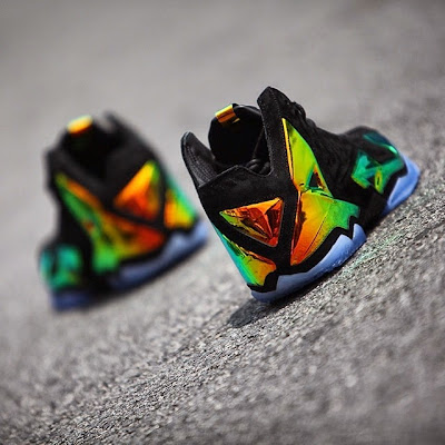 nike lebron 11 nsw sportswear ext kings crown 6 01 Release Reminder: Kings Crown LeBron 11... the Whole Package