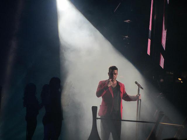 Robbie Williams zu tränen gerührt in Hannover