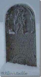 Estela de la Virgen de Roncesvalles en Ibañeta - Roncesvalles