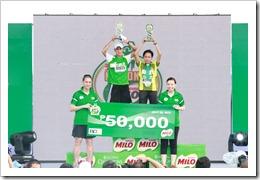 Two-time champion and MILO Marathon national record holder Jho-An Banayag Jason Agravante dominated the 36th National MILO Marathon Manila Elims on July 29, 2012.