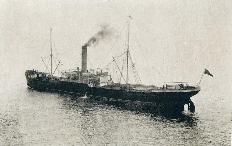 El vapor GANEKOGORTA-MENDI. Foto del libro LA INDUSTRIA NAVAL VIZCAINA.JPG