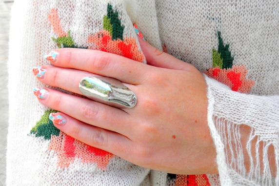 LITTLE NELL KNUCKLE RING