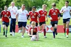 HSBC Cubs train with British&Irish Lions 16 May 2013 (6)
