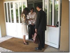 testigos_predicando_de_casa_en_casa